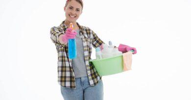Традиционно седмично почистване на домове